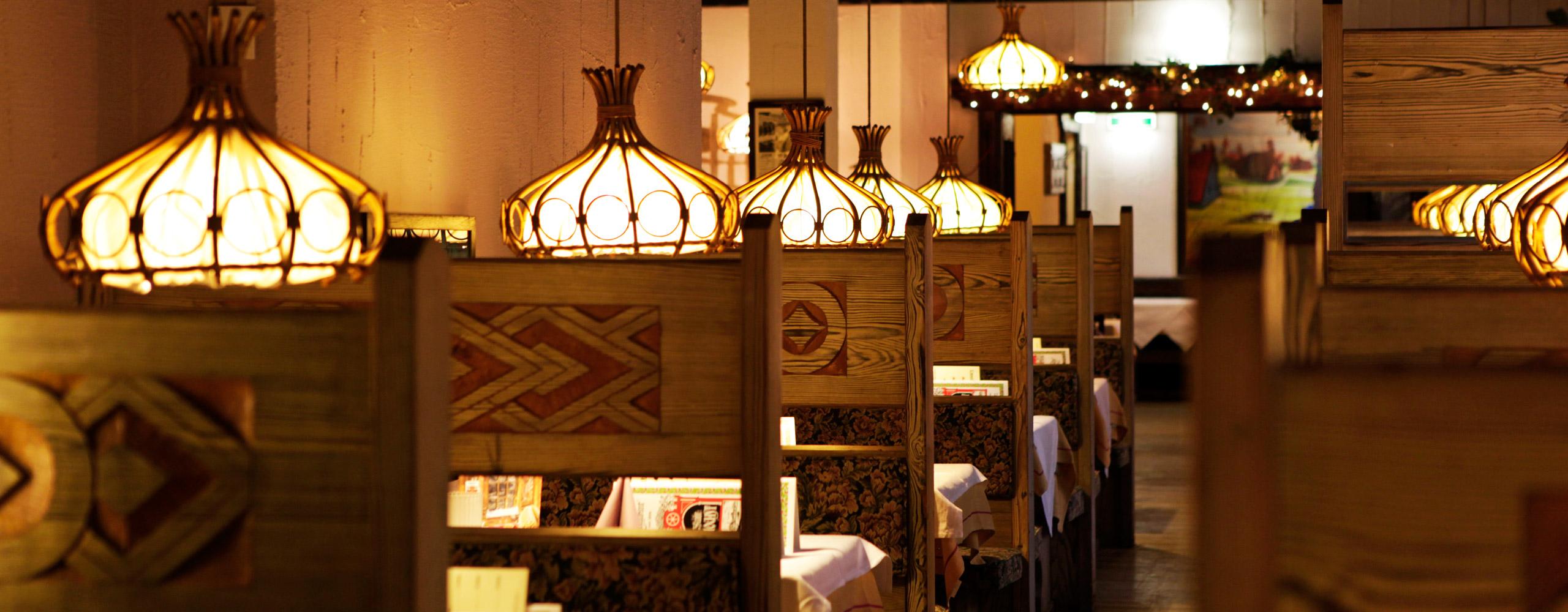 jugoslawische k che frankfurt kleine m cken in k che bek mpfen eine new york leseprobe. Black Bedroom Furniture Sets. Home Design Ideas